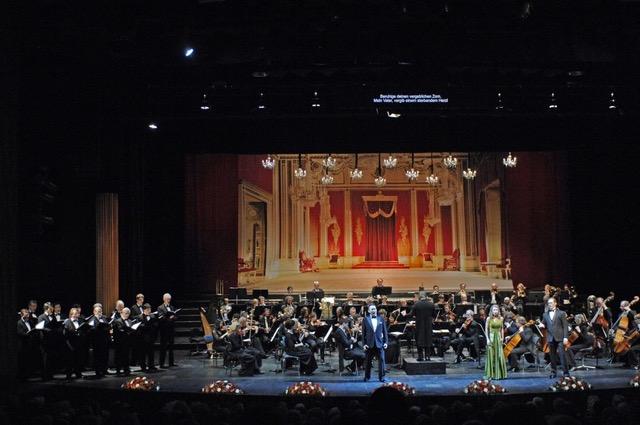 Festliche Operngala in Mönchengladbach